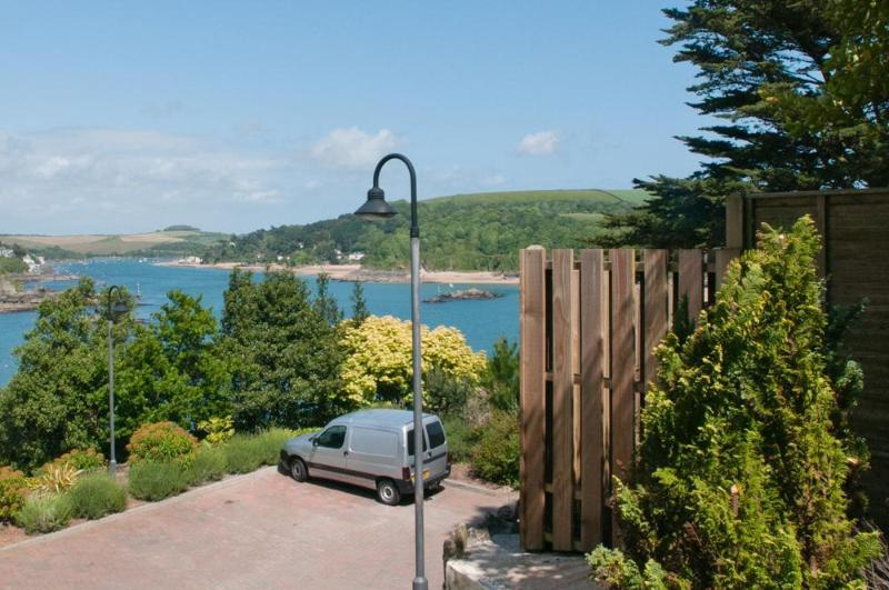 Outside area - 19 Bolt Head - Salcombe - rentals