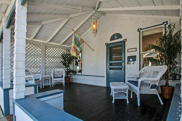 Front of Bungalow - Capitola Beach Bungalow - Capitola - rentals