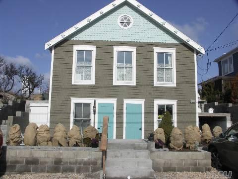 Beach House All Year, Wine tasting North Fork near Hampton Sleeps 12 The Diana - Image 1 - Wading River - rentals