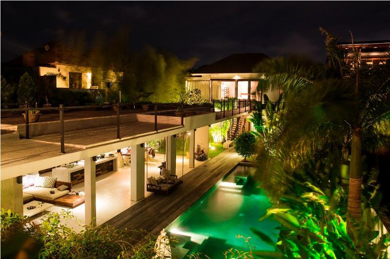 Villa and pool view - Ultra Modern Luxury 4 Bed/4 Bath, 5 min to Seminya - Seminyak - rentals