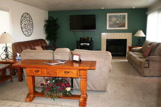 Living Room - # 206 Las Palmas - Saint George - rentals