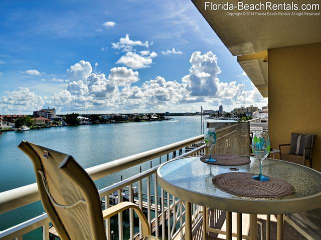 Bay Harbor 403 on the island of Clearwater Beach - Bay Harbor 403 3 bed | 3 bath | waterfront - Clearwater Beach - rentals