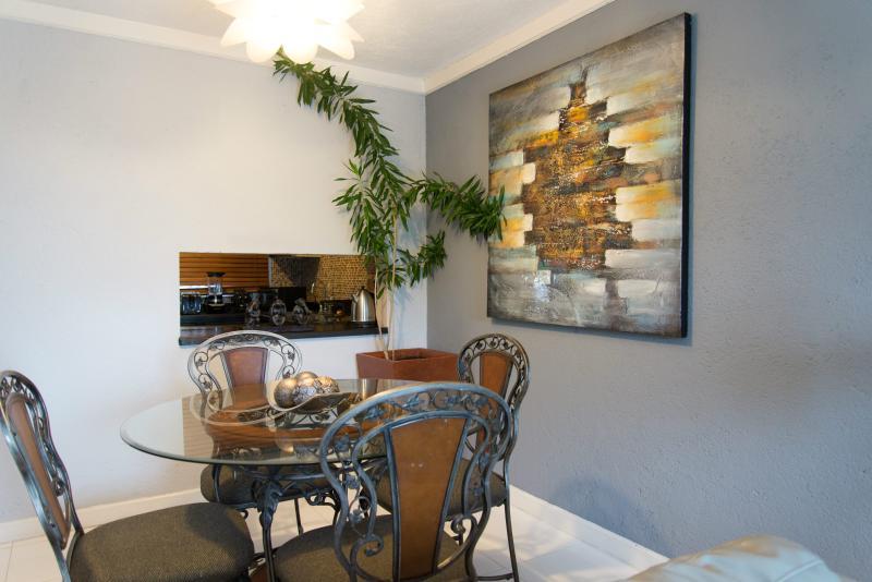 Dining area - 2Bedroom VacayCondo in MontegoBay 3 - Montego Bay - rentals