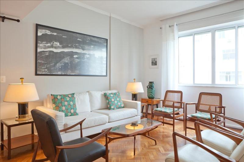 W41 - 2 Bedrooms Apartment in Arpoador - Image 1 - Rio de Janeiro - rentals