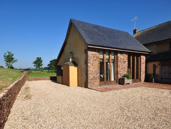 View towards the property - LCHAT - Cheriton Fitzpaine - rentals