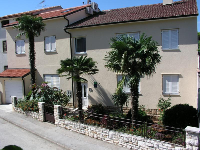 Pula - Apartment Nicole for 4 persons - Image 1 - Pula - rentals