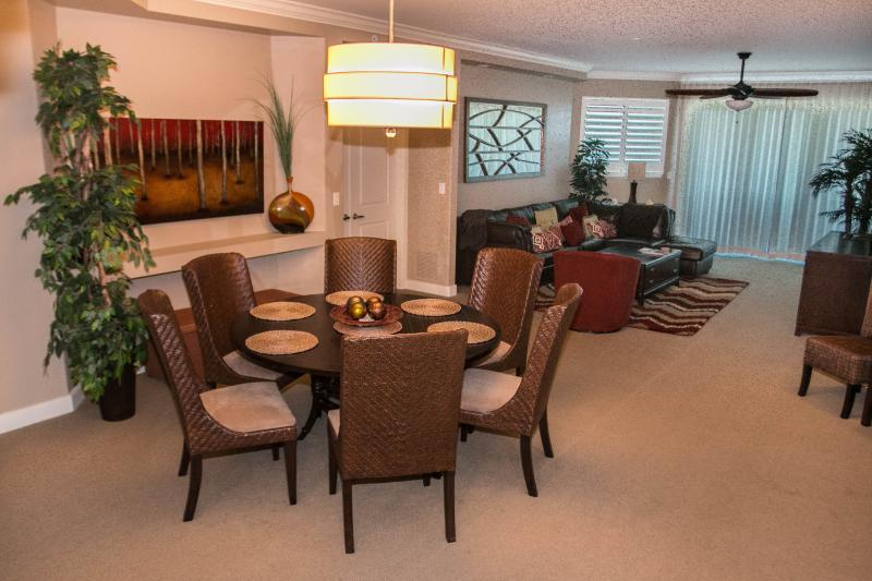 Dining and Living Room - Fall $pecials -Ocean Vistas #302- Ocean View - Daytona Beach - rentals