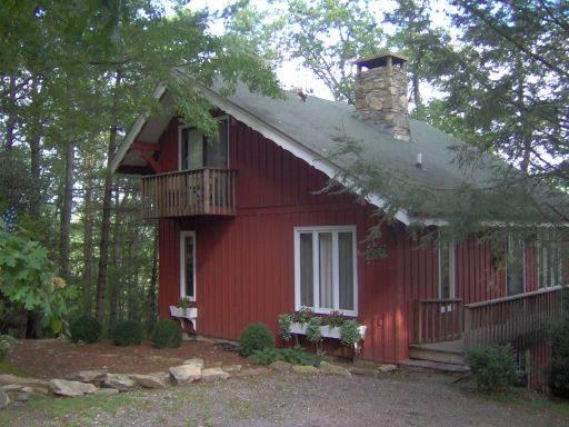 Hoot Owl Hollow - Chalet * Great Views * Private* - Image 1 - Highlands - rentals