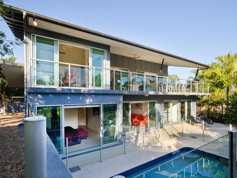 Peninsula 6 Hamilton Island Spacious Home & Pool - Image 1 - Hamilton Island - rentals