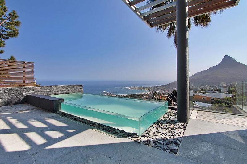 pool deck - Aqua  Villa  Penthouse Camps Bay - Camps Bay - rentals