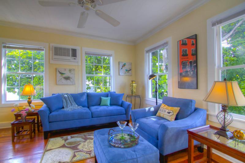 """TREETOP APARTMENT"" Monthly - Sleeps 2 - Seaport - Image 1 - Key West - rentals"