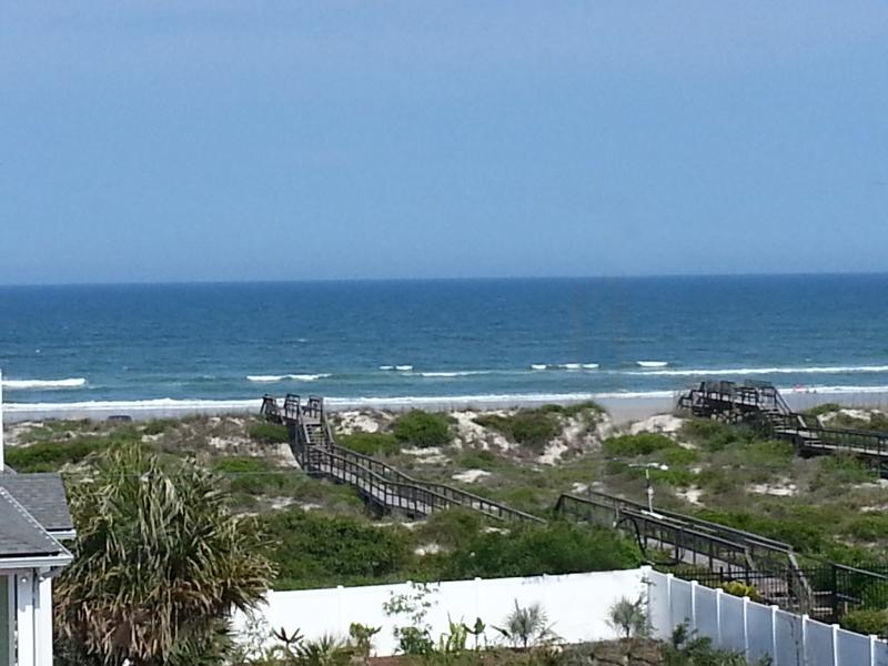 Breathtaking ocean views from this three story house directly across from the beach! - DEC. SPECIAL! 4 NIGHTS FOR ONLY $1600! Ocean View, pool, elevator, 6 BR, 4 BA. - Saint Augustine - rentals