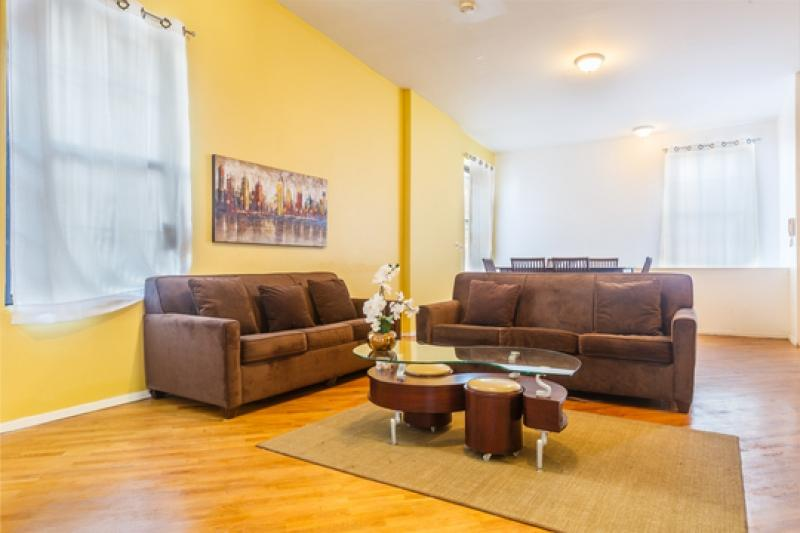 3 Bedroom Apartment in East Side of Manhattan ~ RA43879 - Image 1 - Manhattan - rentals