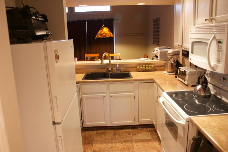 Kitchen - Stop! Everything you are looking for is right here - Pagosa Springs - rentals