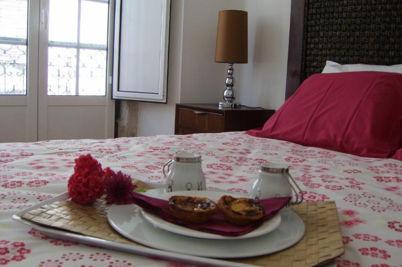 Rossio Deluxe 3bedrooms & balcony - Image 1 - Lisbon - rentals