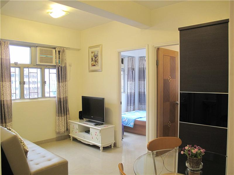 Cozy Apartment Near MTR that fits 4-8 in Hong Kong - Image 1 - Hong Kong - rentals