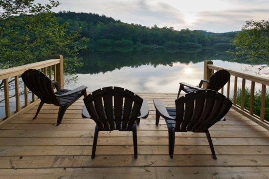 Relax, fish or swim right from the dock - Kells Lakeside Retreat - Ellijay - rentals