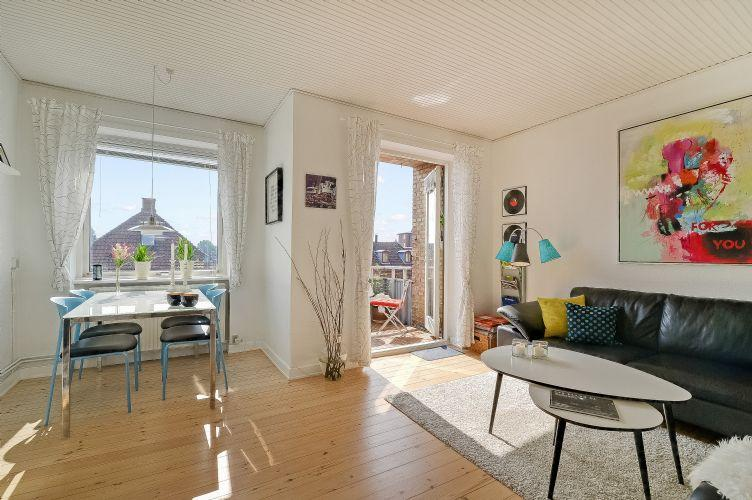 Rodosvej Apartment - Great Copenhagen apartment with sunny balcony at Amager - Copenhagen - rentals