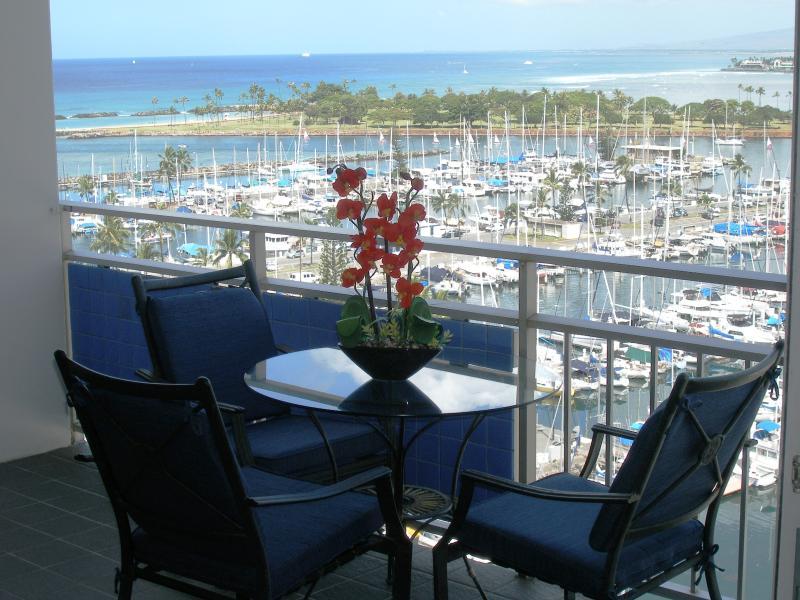 Every Moment is Beautiful here! - New Breathtaking Beachfront Condo, custom design, - Honolulu - rentals