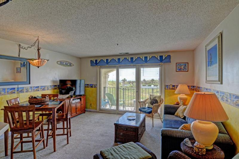 Living Room - Villa Capriani 117-A-1BR_4 - North Topsail Beach - rentals