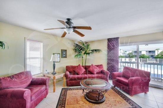 Quiet and Cozy - Best Deal on the Island! - Image 1 - Pensacola Beach - rentals