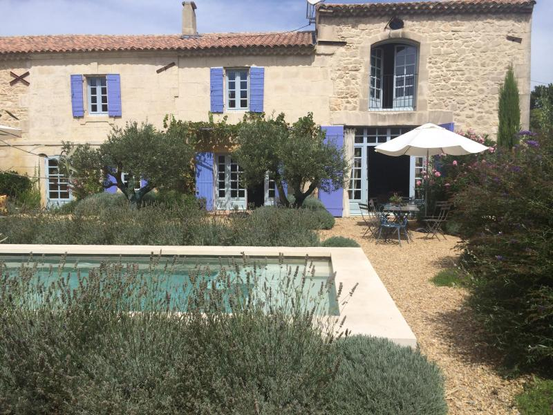 Farmhouse - Stunning 4 Bedroom Provence Farmhouse, Pool & Village Life - Maussane-les-Alpilles - rentals
