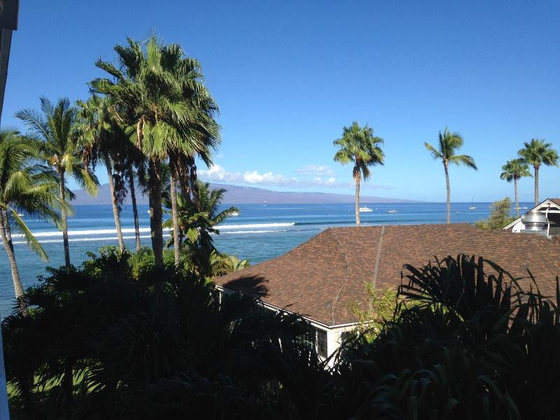 Lahaina Shores Getaway remodeled OCEAN VIEW 434 - Image 1 - Lahaina - rentals