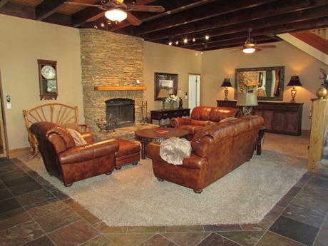 #011 Fox Manor - Image 1 - Big Bear Lake - rentals