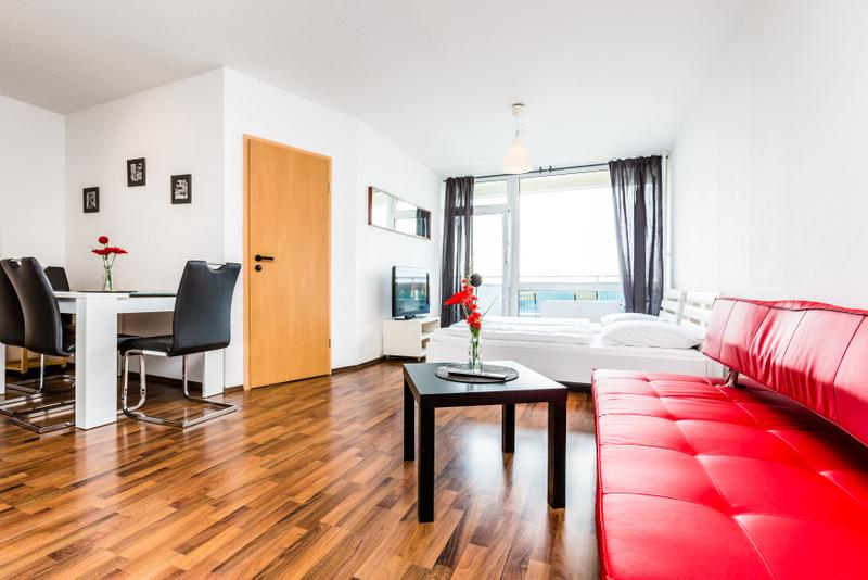 05 Apartment with Cathedral look Cologne Deutz - Image 1 - Cologne - rentals