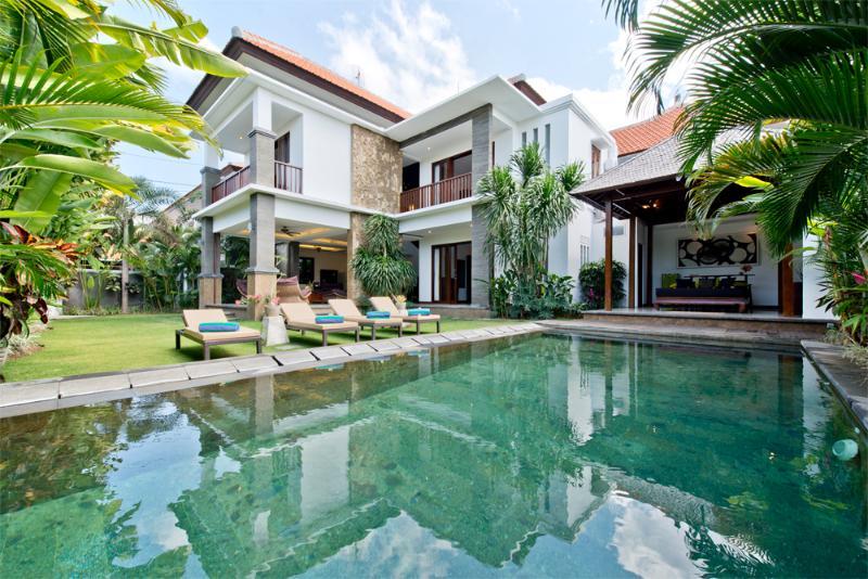 Villa and Pool view - Seratus, Luxury 3 Bedroom Villa, Close to Beach, Seminyak - Seminyak - rentals
