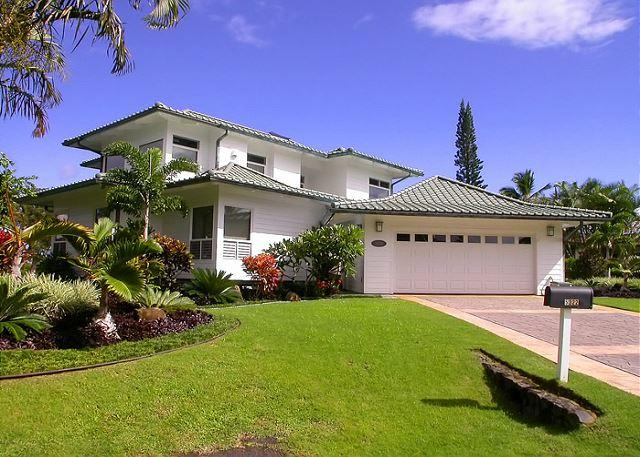 Spectacular views of Mt. Namolokama & Majestic Waterfalls - Image 1 - Princeville - rentals