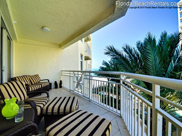 Relax on the patio - Mandalay Beach Club 606 Mandalay Beach Club GEM - Clearwater Beach - rentals