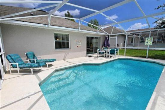 Conveniently Located 3 Bedroom 2 Bathroom Pool Home. 145HD - Image 1 - Orlando - rentals