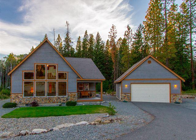 Cascade Chalet - *Free Nights* Fantastic Newer Cabin in Roslyn Ridge!  3BR | Hot Tub | WiFi - Cle Elum - rentals
