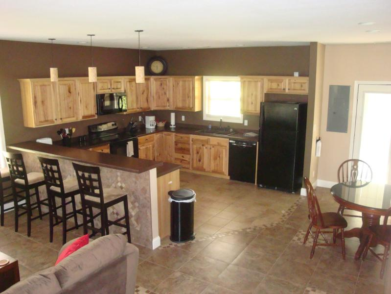 Kitchen - 129DragonsHideaway-Vacation home Smoky Mtn Views - Maryville - rentals