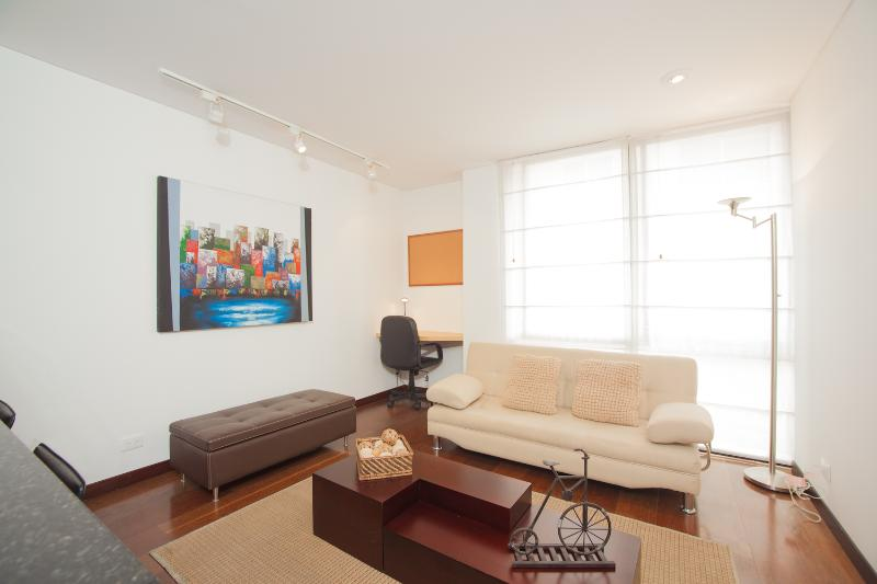 Comfortable 1 Bedroom Apartment in Santa Barbara - Image 1 - Bogota - rentals