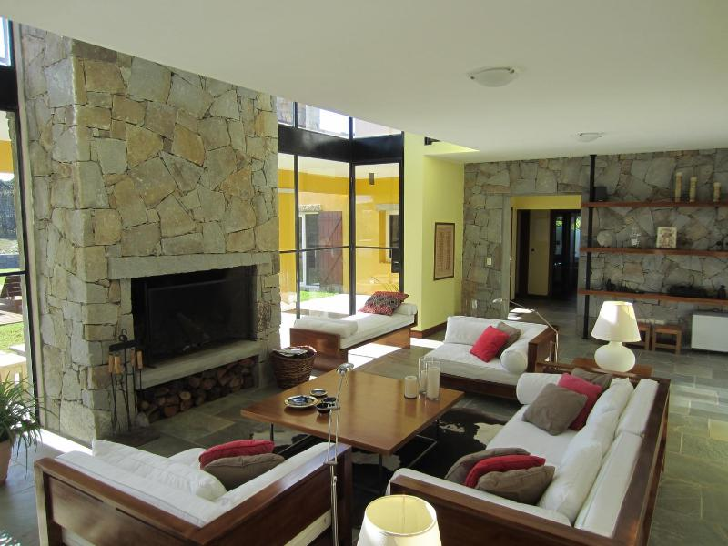 Stunning 4 Bedroom House with Pool in Jose Ignacio - Image 1 - Jose Ignacio - rentals