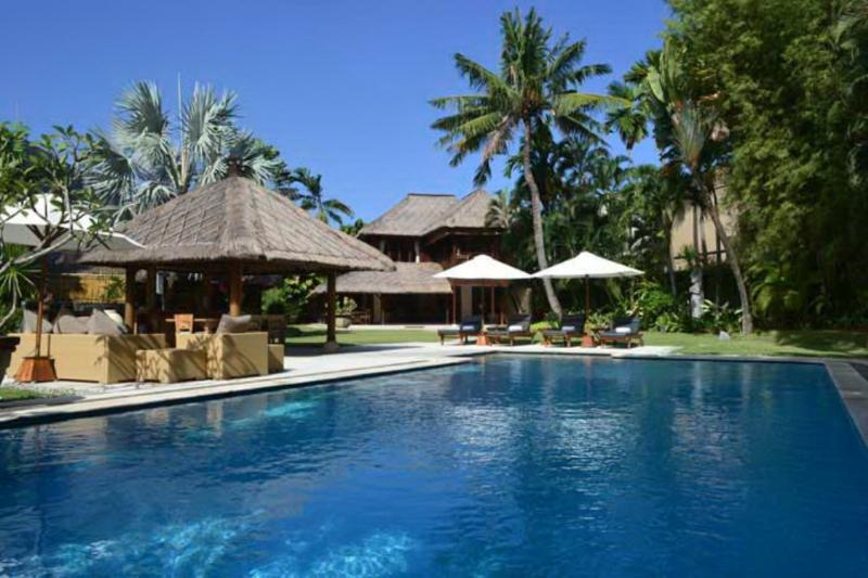 Villa and Pool View - Sienna 4BR, Luxury Large Villa-Seminyak - Seminyak - rentals
