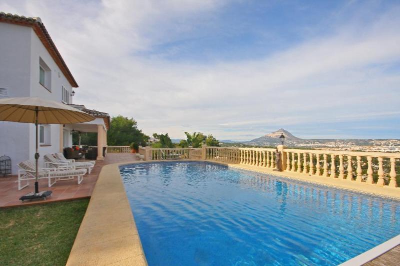 Villa Alma - Image 1 - Javea - rentals