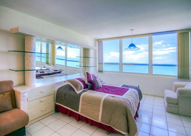 Splendid OCEAN VIEW Studio - Image 1 - Miami Beach - rentals