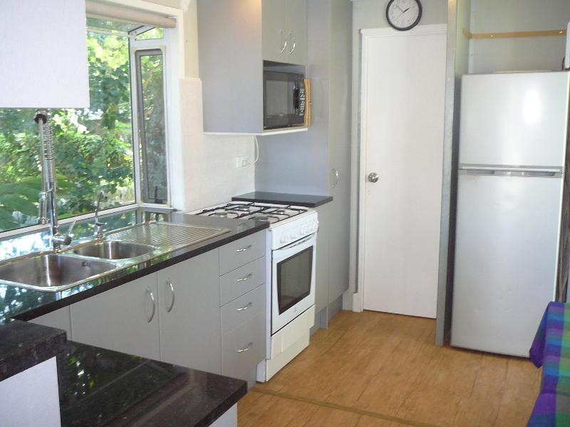 New kitchen - IN-DI-GO COTTAGE - Port Vila - rentals