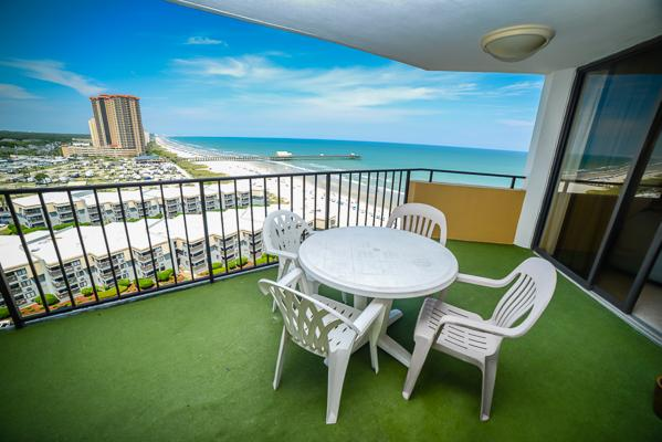 Fantastic views from private balcony! - Oceanview 2BR @ Maison Sur Mer in Myrtle Beach - Myrtle Beach - rentals