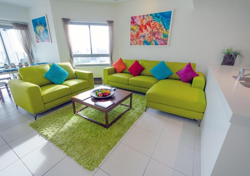 Darwin Executive Penthouses 3 Bed Sleep 8+FREE CAR - Image 1 - Darwin - rentals