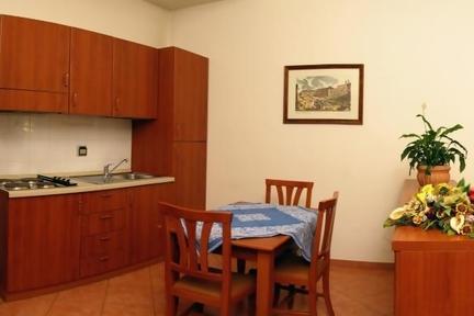 Raffaello studio apartment in Rome - 1320 - Image 1 - Rome - rentals