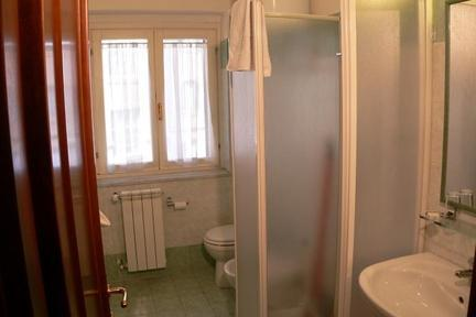 Maderno 1 bedroom apartment in Rome - 1321 - Image 1 - Rome - rentals