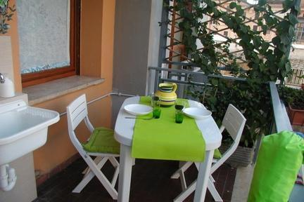 Casa Patrizia: lovely apartment 5 min from St Peter's - 2920 - Image 1 - Rome - rentals