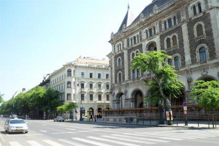 Luxury apartment located next to the Opera House - 3195 - Image 1 - Budapest - rentals