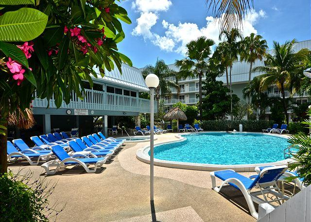 Playa Royale - Luxurious 2/2 Condo w/ Breathtaking Views - Image 1 - Key West - rentals