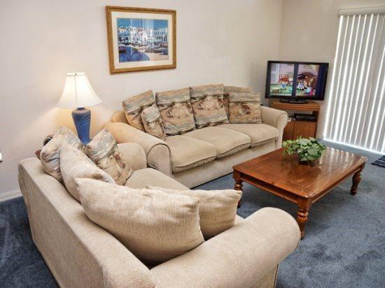 4 Bedroom 3 Bath Pool Home Near the Attractions in Davenport. 242AL - Image 1 - Orlando - rentals