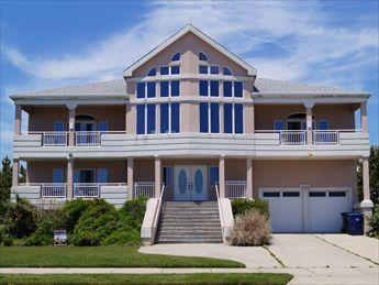Peach on the Beach 97133 - Image 1 - Cape May - rentals